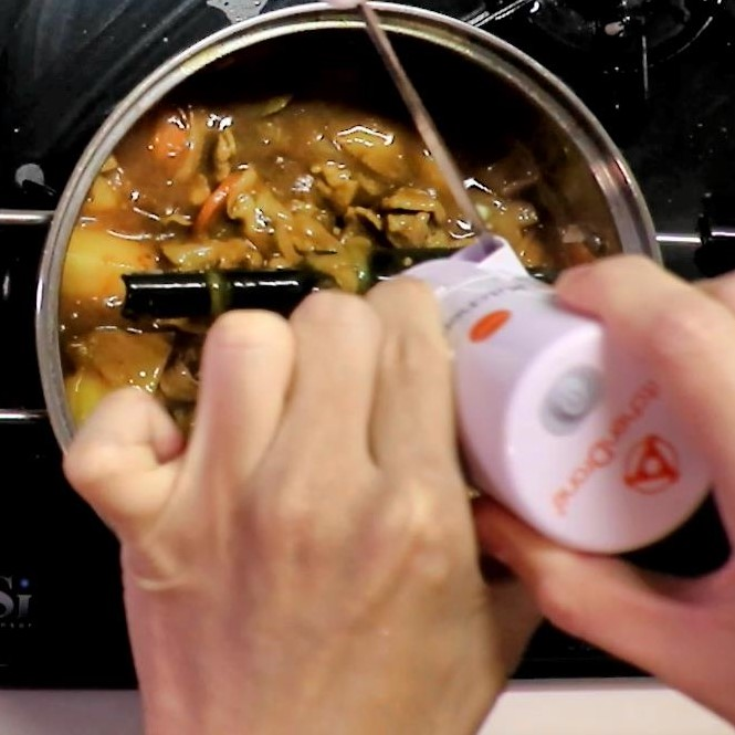 キッチンドローンで作るカレーライス